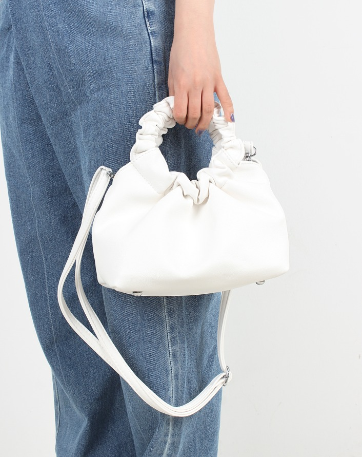 wrinkle open leather bag (white)
